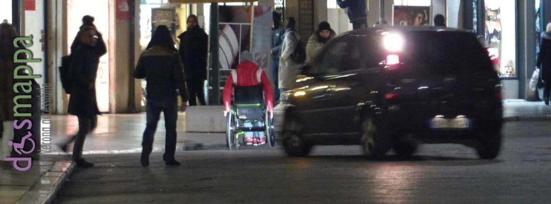 20160120 Disabile carrozzina Piazza Erbe Verona dismappa