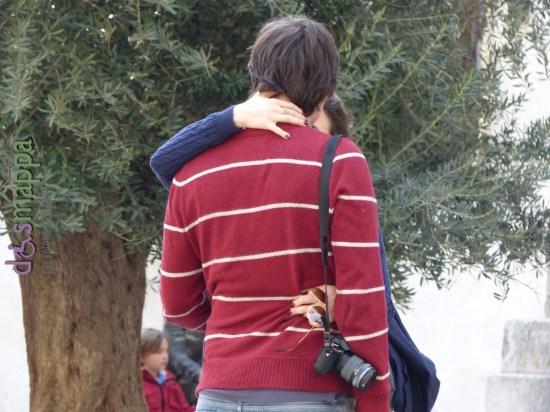 20160323 Coppia turisti innamorati Verona ulivo San Nicolo dismappa