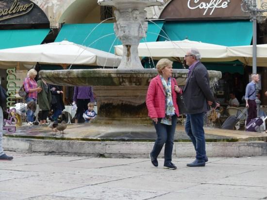 20160509 Anatre Piazza delle Erbe Verona dismappa 05