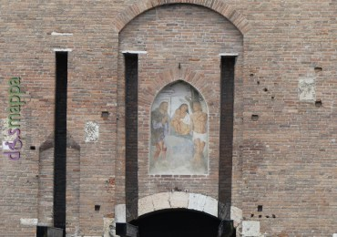 20160612 Restauro Madonna col Bambino tra i santi Rocco e Sebastiano Castelvecchio 4