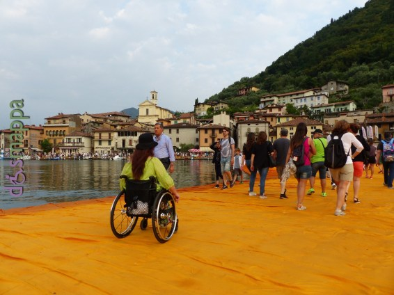 20160629 Christo Floating Piers Jeanne Claude Iseo disabili dismappa 1646