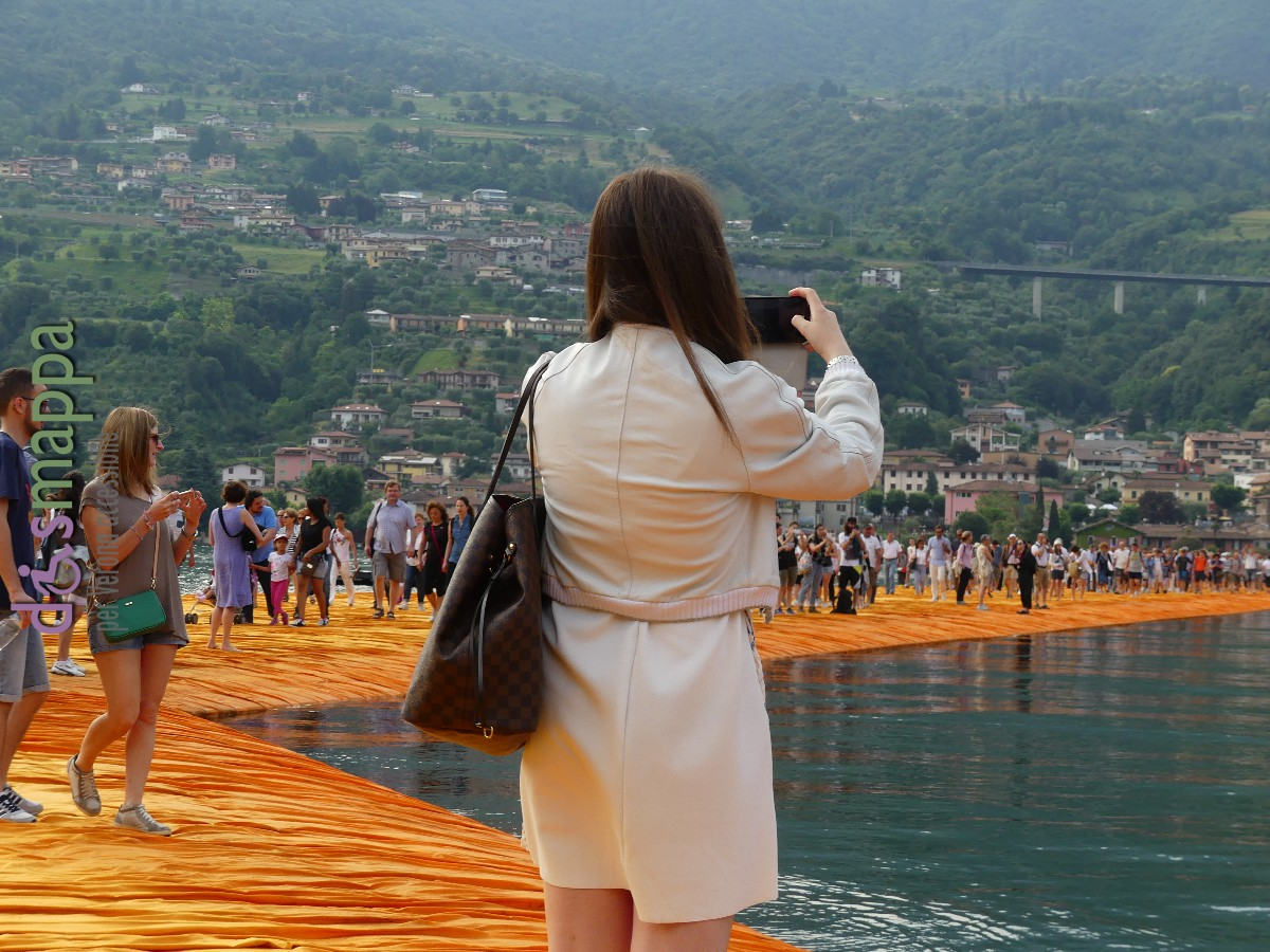 20160629 Christo Floating Piers Jeanne Claude Iseo dismappa 460