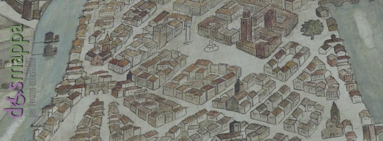 Uno dei due dipinti murali nell'atrio del Comune di Verona, datati 1950 e importanti testimonianze dell'espressione artistica del secondo dopoguerra italiano, realizzato dagli artisti Orazio Pigato e Guido Farina raffigura la mappa della città scaligera.