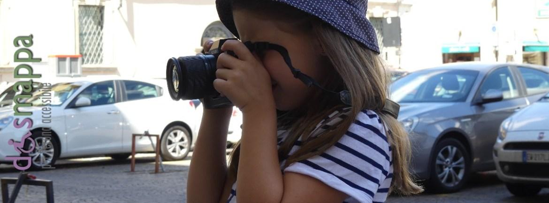 20160810 Turista bambina fotografia Verona dismappa