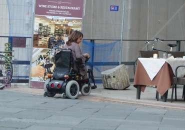 20170601 Turista disabile scalino verona dismappa 018