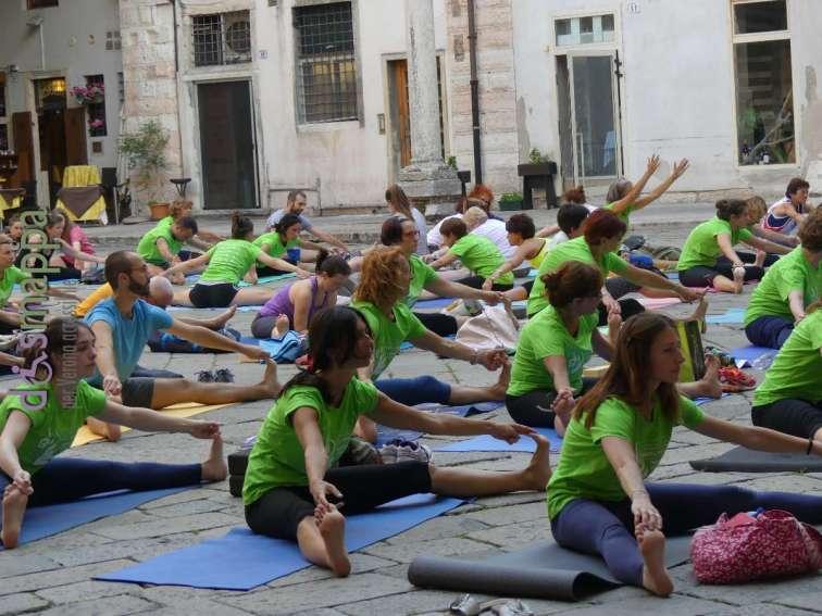 20170621 Giornata Yoga Verona dismappa 295
