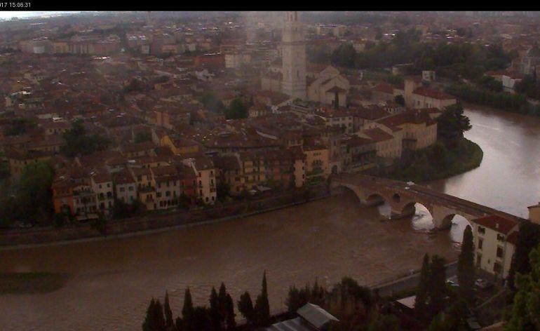20170715 Adige marrone webcam Verona