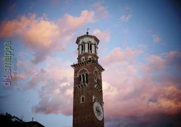 20170725 Torre dei Lamberti nuvole Verona dismappa 150