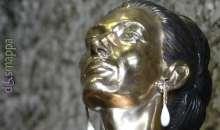 Maria Callas torna in Arena con una statua all'ingresso disabili