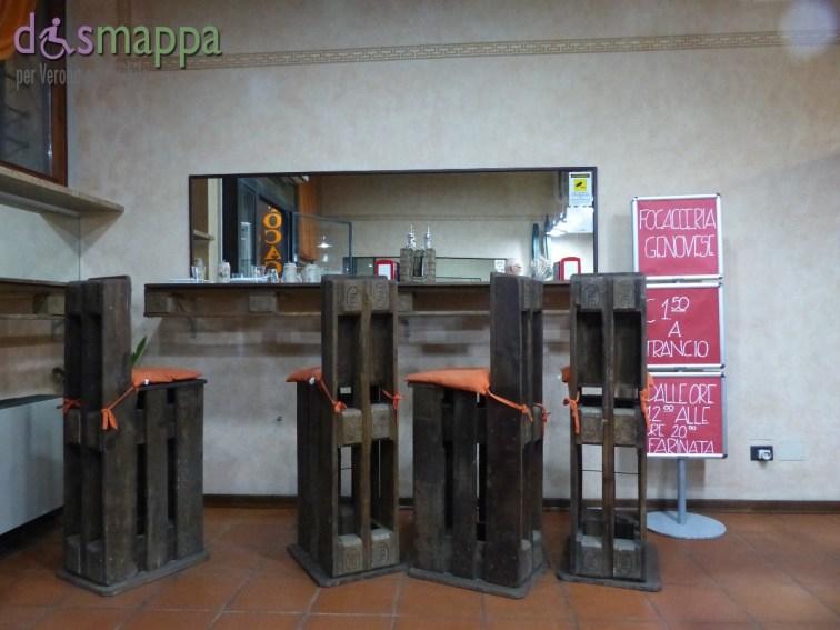 20150605 Focacceria Ponte Pietra disabili Verona dismappa 683