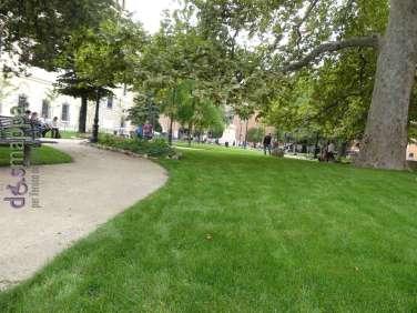 Veduta del giardino di Piazza Indipendenza a Verona dopo la riqualificazione del 2017
