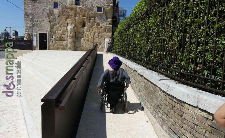 20170730 Rampa disabili entrata Museo archeologico Teatro Romano Verona 05