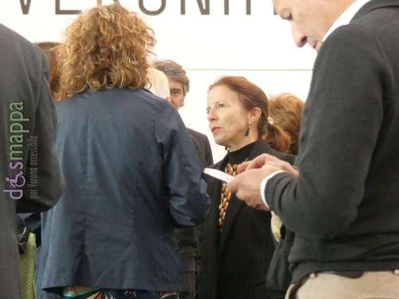 Assessore Edi Maria Neri all'inaugurazione di ArtVerona