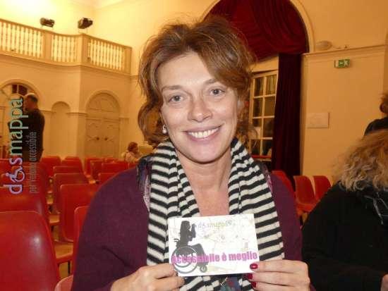 L'attrice Carolina Rosi, in scena a Verona con Non ti pago di Eduardo de Filippo, testimone di accessibilità per dismappa