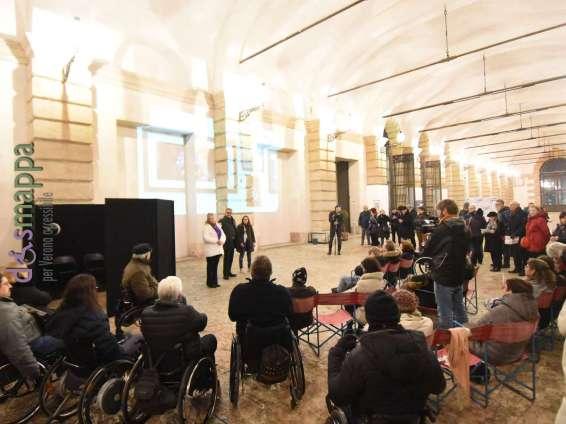 20171127 Installazione carrozzine mostra dismappa Verona 077