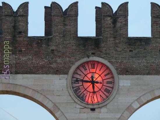 20170211 Orologio rosso cuori Verona in Love diamappa 956