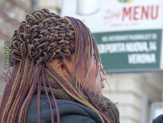 20160205 Turista Verona foto acconciatura capelli 068