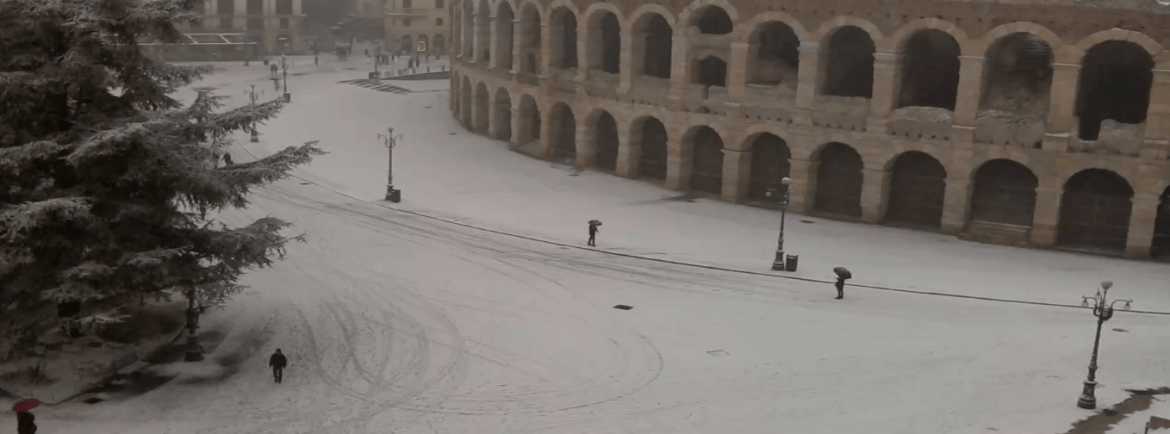 20180301 Neve Verona Piazza Bra Arena webcam