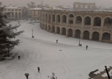 20180301 Neve Verona Piazza Bra Arena webcam