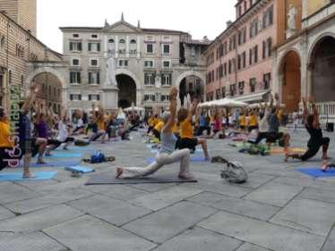 20180621-giornata-internazionale-yoga-Verona-015
