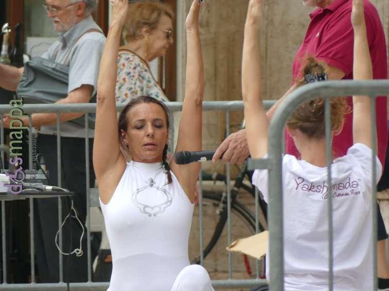 20180621-giornata-internazionale-yoga-Verona-020