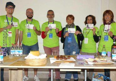 I volontari del Tocatì addetti a Tocasa testimoni di accessibilità a Casa disMappa