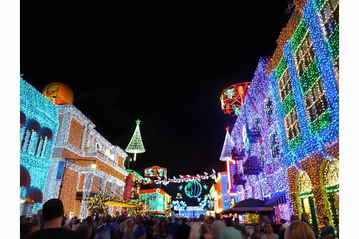 1 experience the osborne family spectacle of dancing lightsfor the last time requires park admission to hollywood studios this awesome - Disney World Christmas Lights