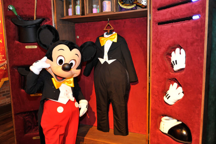 9 Emotional Disney Moments