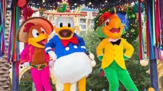 Disneyland CHrismtas