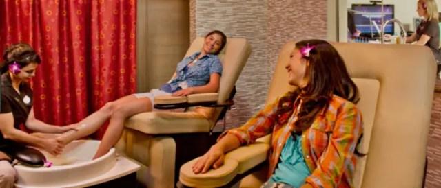 8 Kid-Friendly Activities at Aulani -A Disney Resort & Spa 3