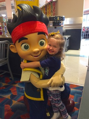 Disney Junior Play 'n Dine breakfast at Hollywood & Vine is one of the best character dining experiences for preschoolers