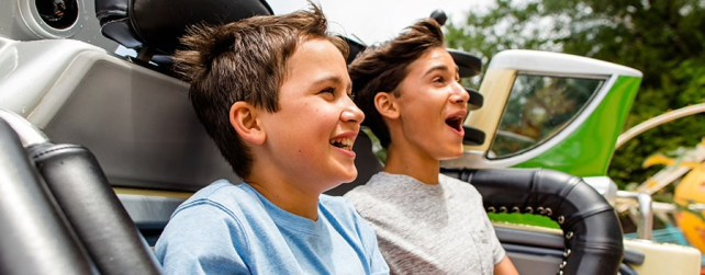 best age for disney world - tweens