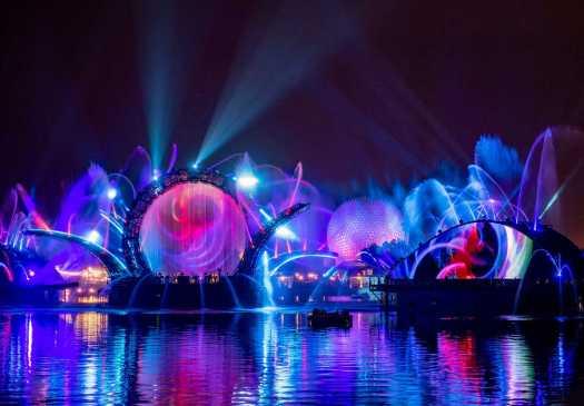 Lichter und Fontänen auf EPCOT's World Showcase Lagoon
