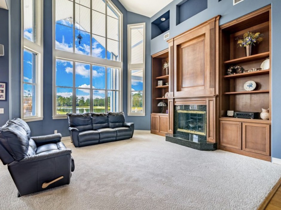 Disney Dream Home: Hidden Mickey Mouse Mansion in Palm Bay ... on Dream Home Interior  id=46939