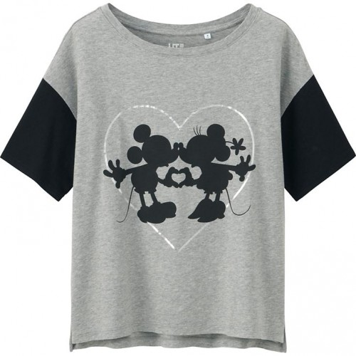 Uniqlo Mickey and Minnie Mouse Graphic T-Shirt