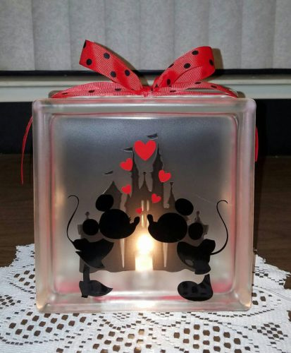 disneys-mickey-minnie-mouse-kissing-lighted-glass-block-nightlight