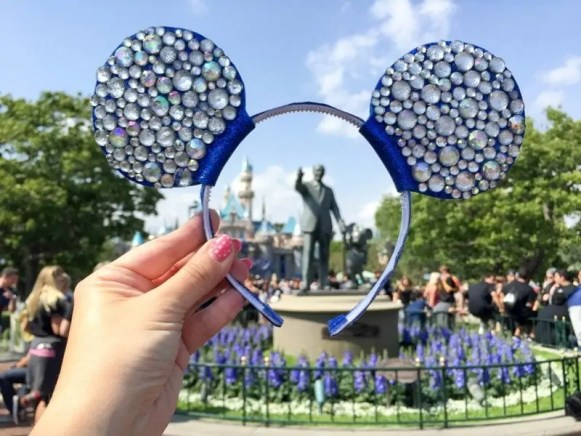 diy-diamond-mickey-ears-28