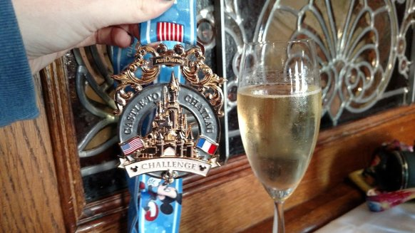 Walt's American Restaurant - Disney in your Day