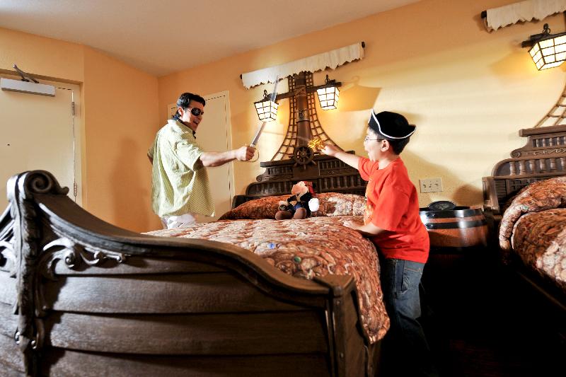 habitaciones-de-hotel-al-estilo-pirata