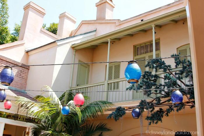 Patio interior de la Suite de Ensueño (Dream Suite) de Disneylandia - old.disneylandiaaldia.com