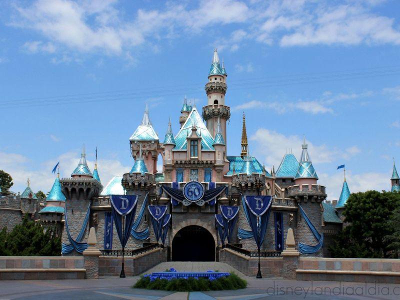 ¿Sabías qué el 17 de Julio del 2015 es el Aniversario 60 de Disneylandia?