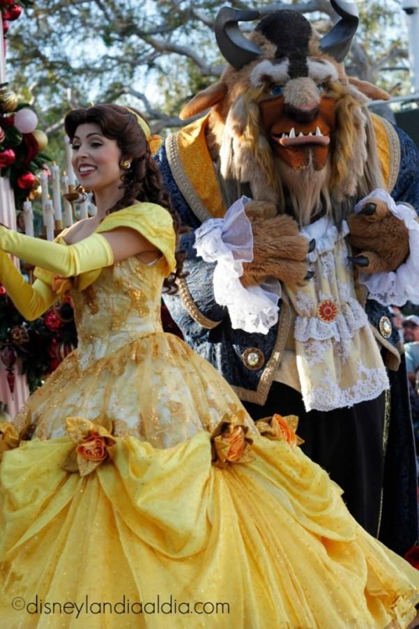 Princesa Belle y la Bestia en Disneylandia - disneylandiaaldia.com