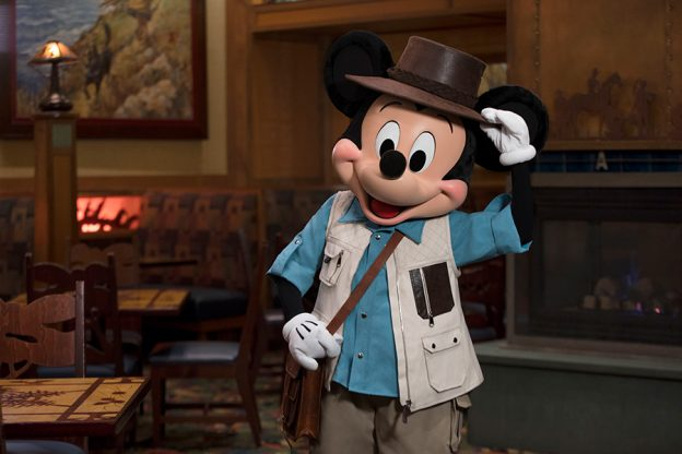 Nuevos Experiencias Gastronómicas de Personajes en los Hoteles del Disneylandia