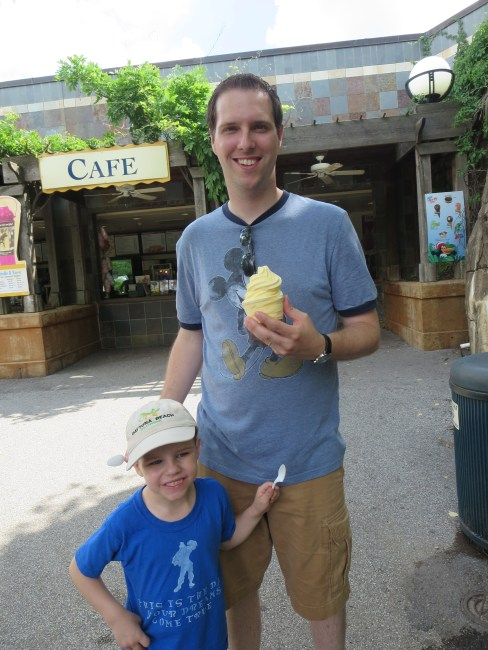 Dole Whip STL Zoo