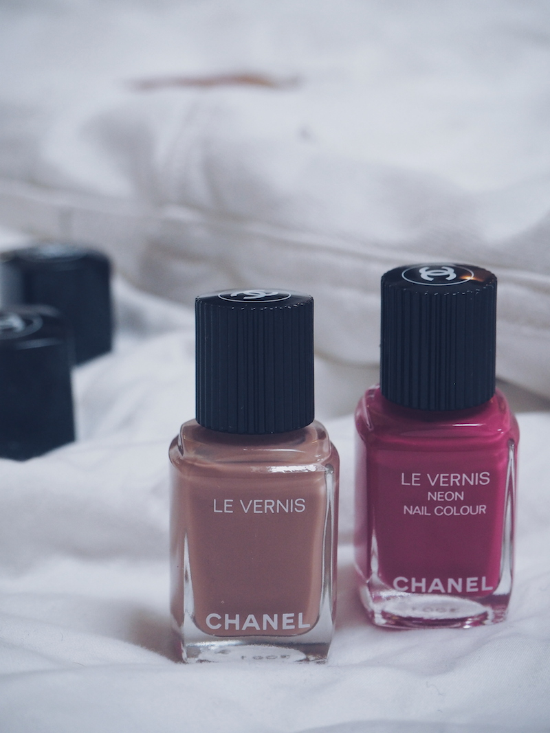 Chanel Beauty Bleached Mauve and Techno Bloom nail color