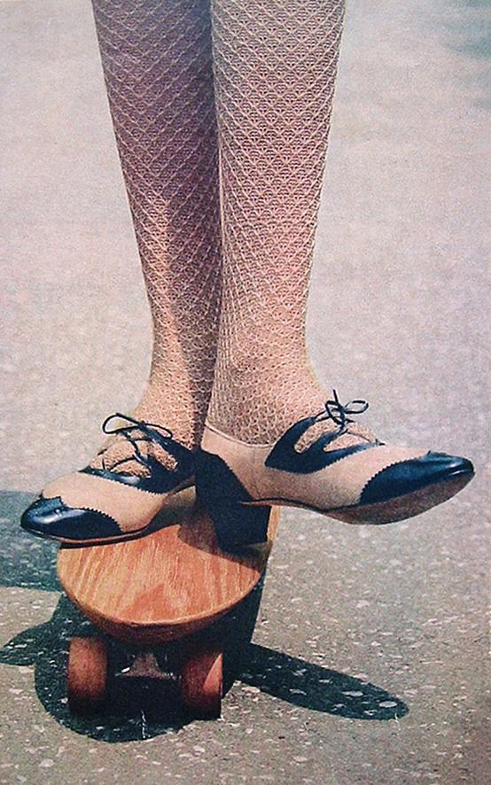 8 Dior stockings