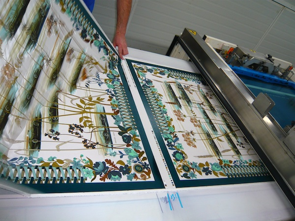 How-Hermes-Scarves-Are-Made 27