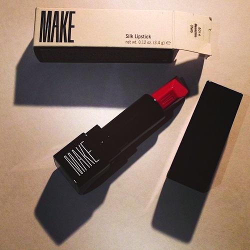 MAKE-Maraschino-cherry-Disneyrollergirl