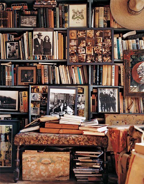 Oberto Gilli bookshelves