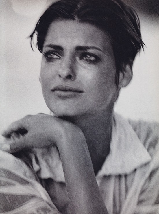 Imperfect beauty - Linda Evangelista by Peter Lindbergh